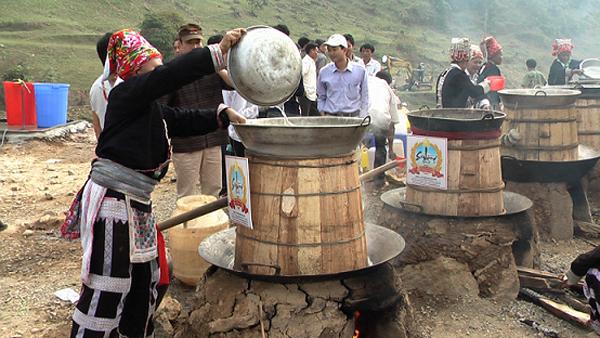 Các dụng cụ, thiết bị để nấu rượu thóc truyền thống