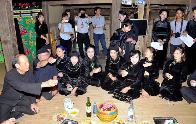 Người Tày sinh sống tại xã Tùng Bá, huyện Vị Xuyên, tỉnh Hà Giang