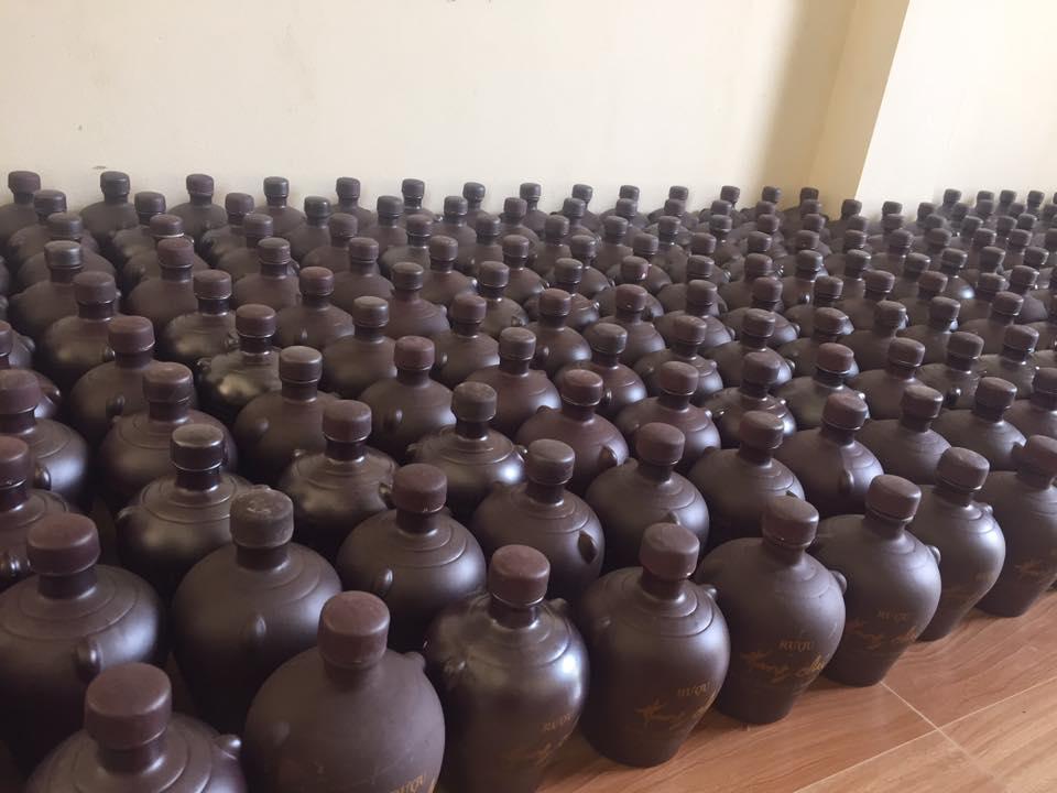 Giá bán rượu Hang Chú