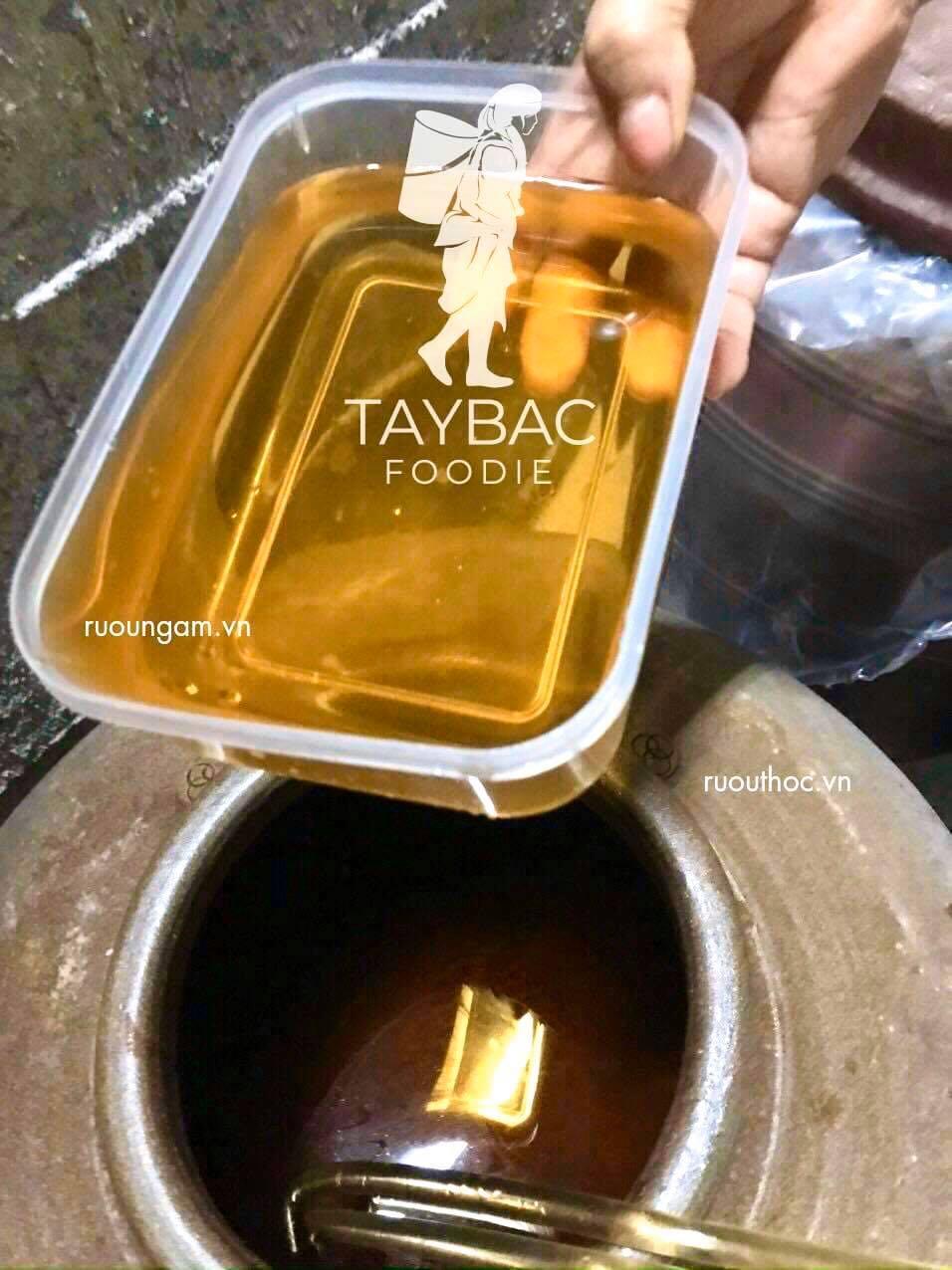 Rượp nếp hoa vàng của Công ty được ủ hạ thổ 36 tháng rất chất lượng